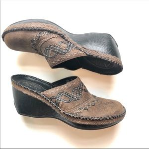 Clark's Artisan Boho Stitched  Leather Clogs 8